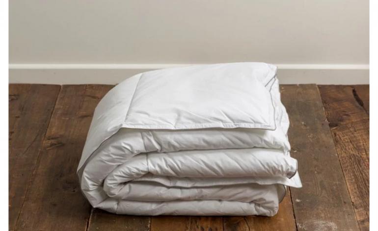 Soak-and-Sleep-All-seasons-hollowfibre-duvet
