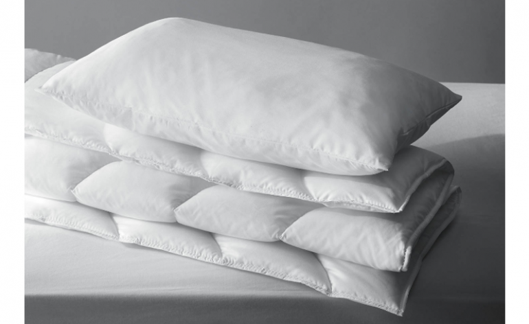 John Lewis Soft Touch Washable Cotbed Duvet & Junior Pillow Bundle review