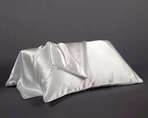 Luxury Mulberry Silk Pillowcase_The Fine Bedding Company